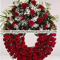 coronas funebres con rosas para mujeres